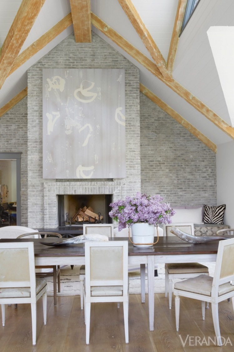 Living room with Neoclassical Louis XVI Chairs via Veranda