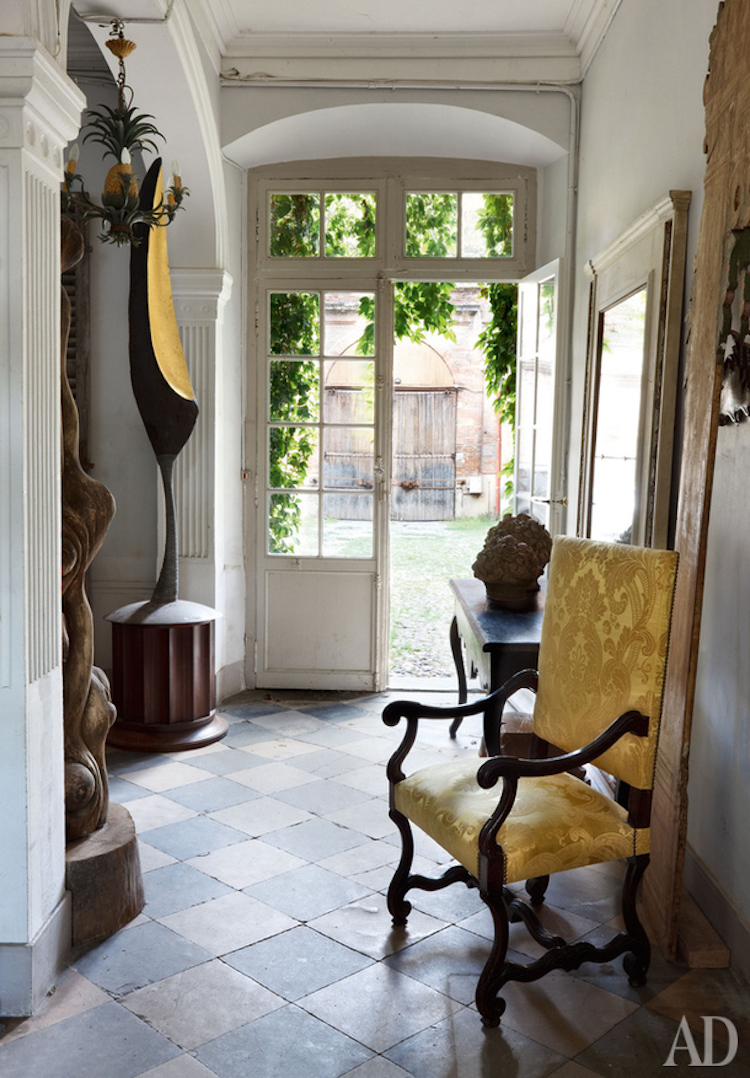Louis XIV Chair Entryway