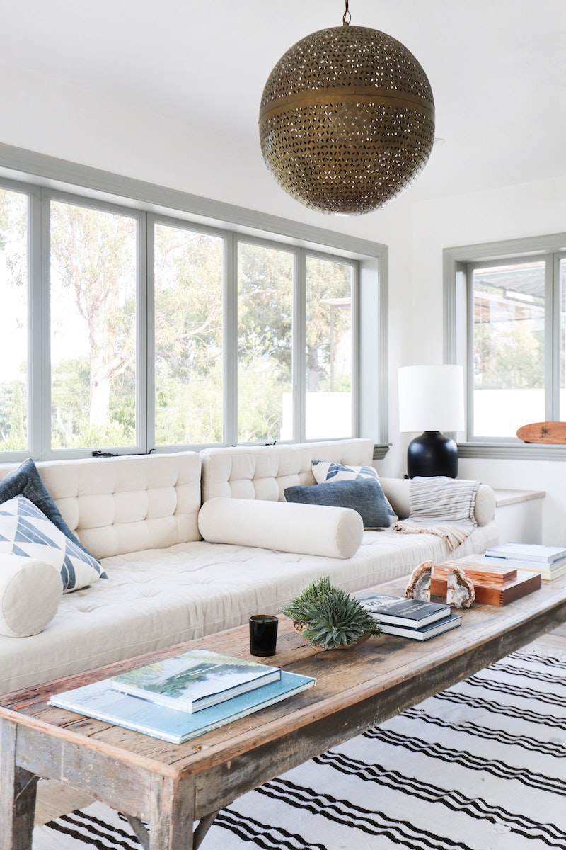 28 Modern Beige Sofas For The Living Room