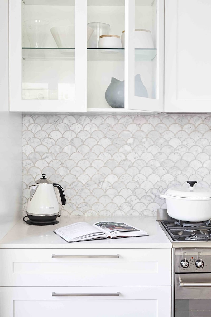 White Fishscale marble backsplash kitchen via Sally Rhys-Jones