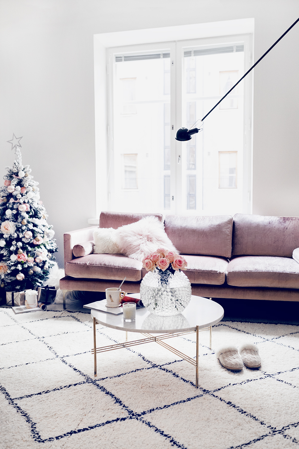 Alexa Dagmar Pink Velvet Sofa with Christmas Tree