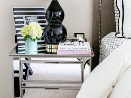 16 Gorgeous Mirrored Nightstands for a Glamorous Bedroom