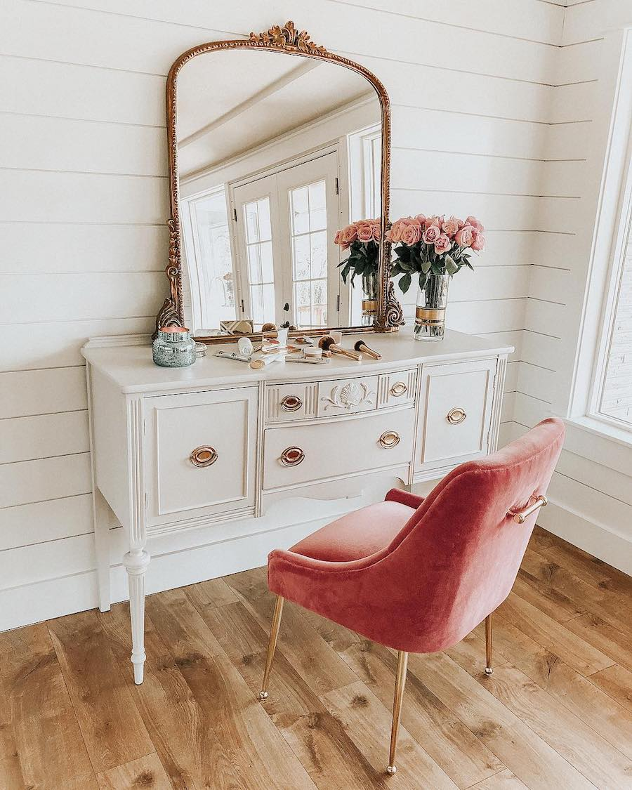 How to Style the Anthropologie Gleaming Primrose Mirror