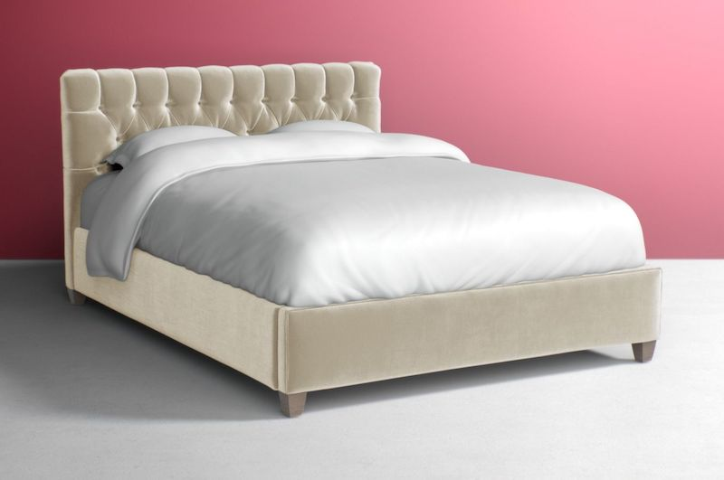 Pearl Tufted Velvet Bed