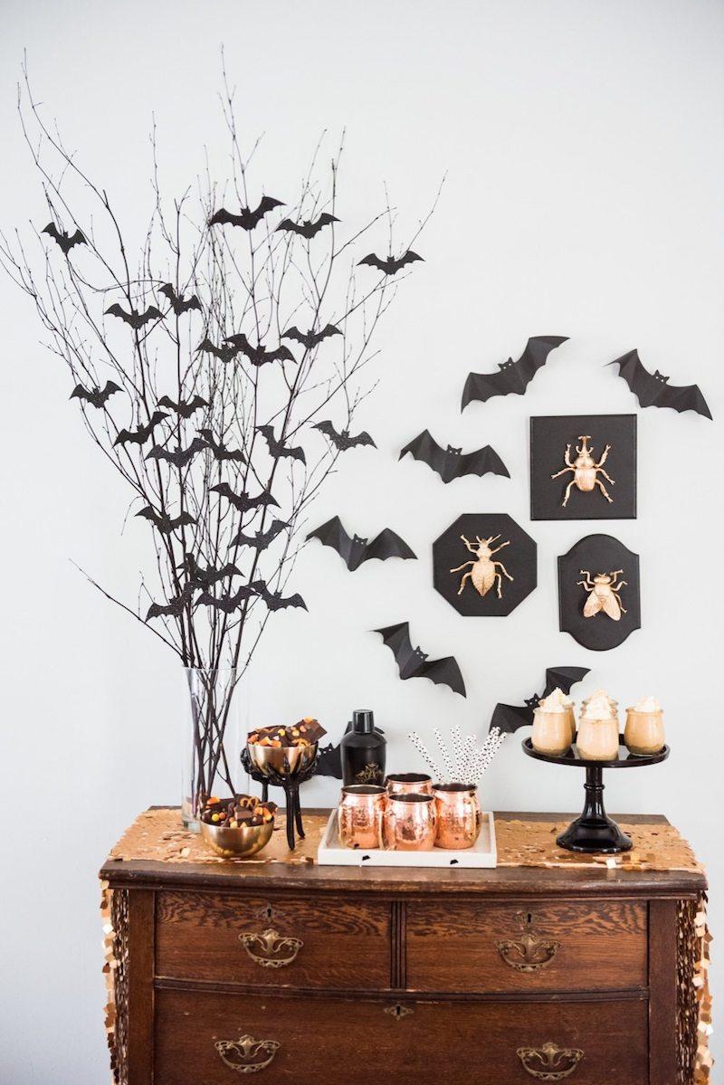 DIY Bat Branch Centerpiece For Halloween