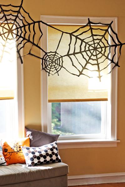 DIY Black Trash Bag Spiderweb For Halloween
