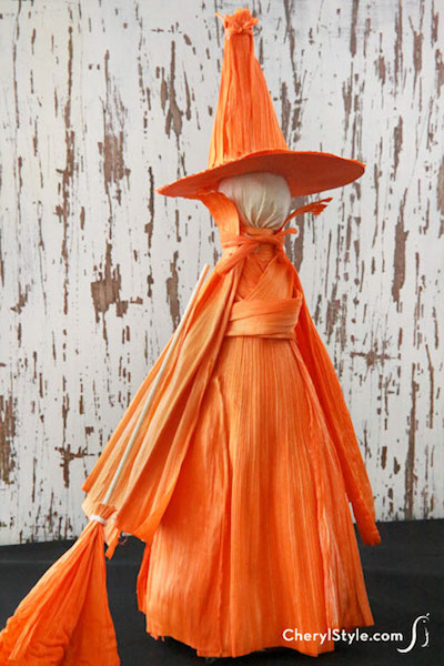 DIY Halloween Decor -  Cornhusk Witch Figures