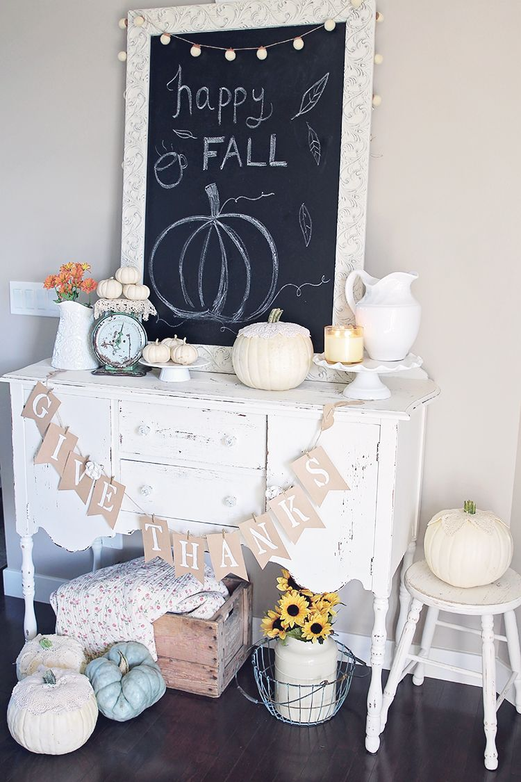 Give Thanks paper banner vintage decor by Convey The Moment #ThanksgivingDecor
