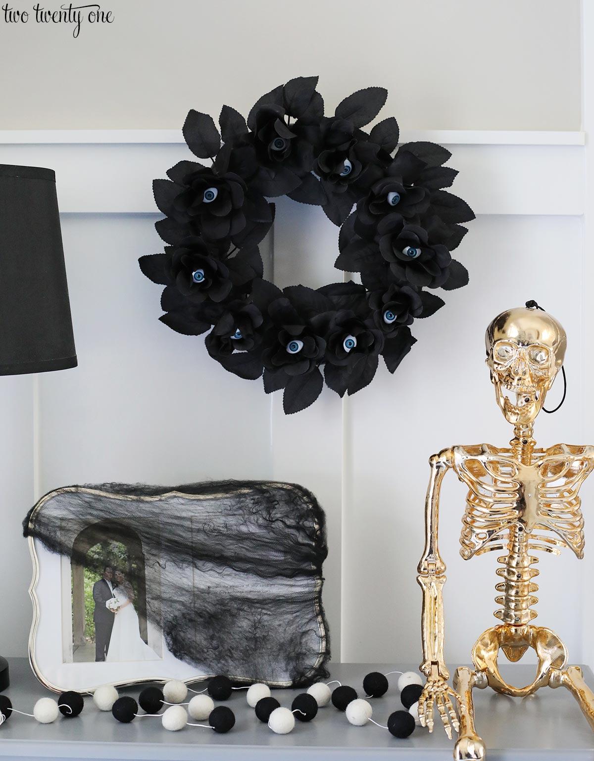 Halloween Decor Ideas Black And Gold Skeleton Glam Decor Via Two TwentyOne