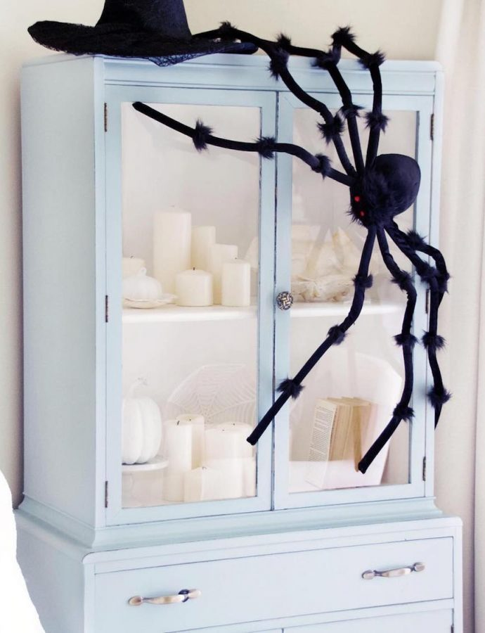 23 Chic, Yet Spooky Halloween Decor Ideas for the Home!