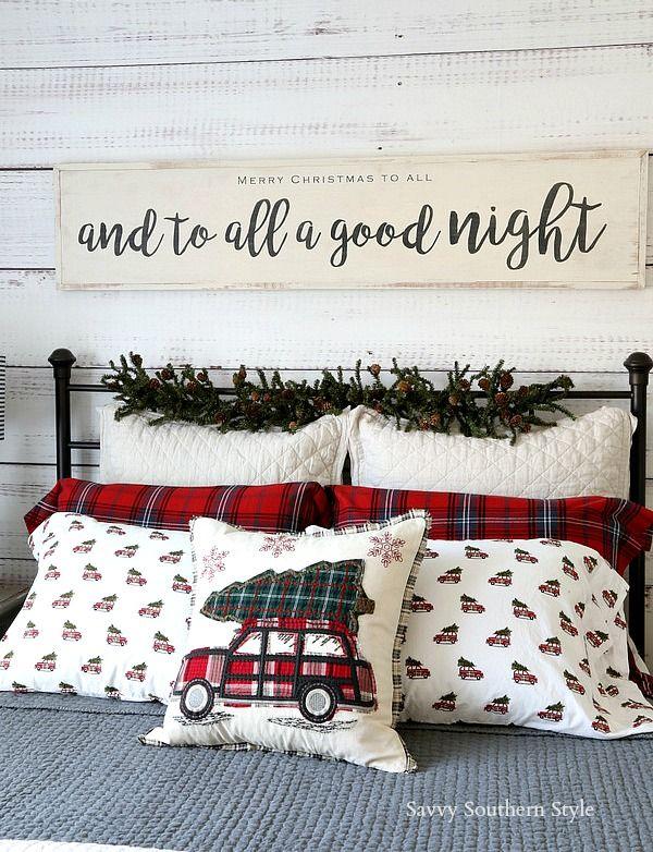 Christmas Bedroom Decor via savvysouthernstyle