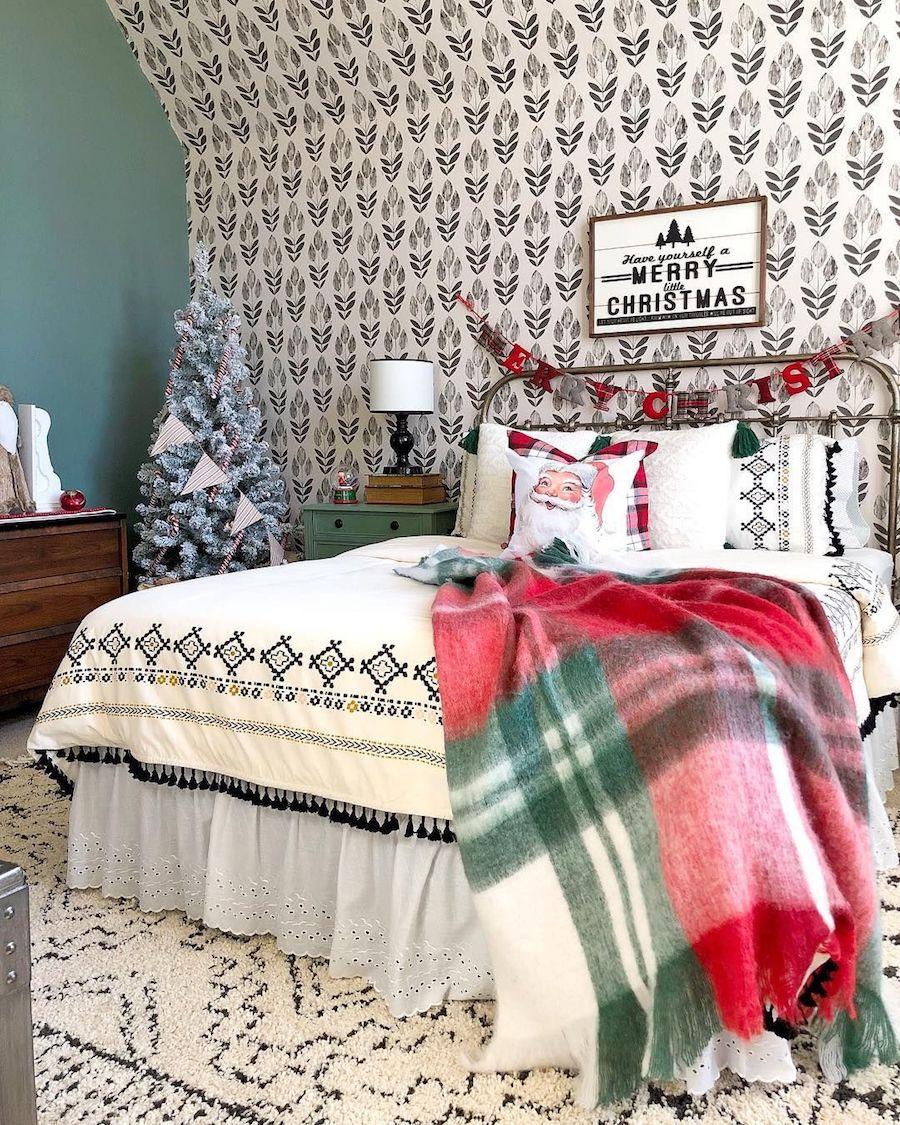 Christmas Bedroom Decor with Santa pillow and plaid blanket via @blessedonbluefinch