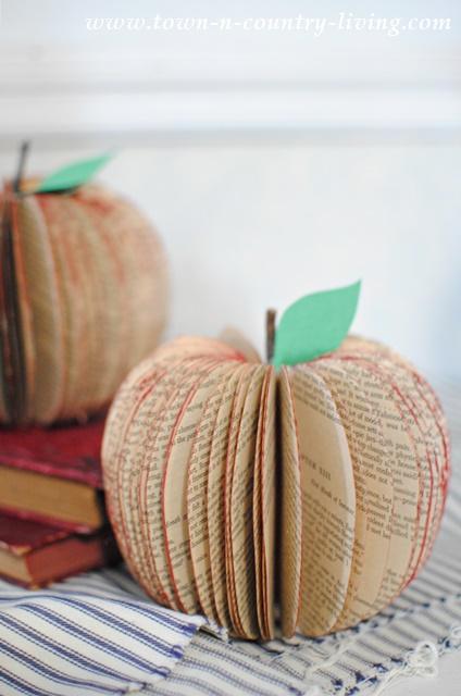 DIY Book Page Apple Craft, Fall Decor Crafts