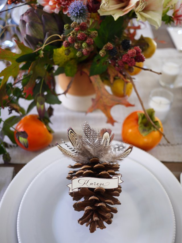 DIY Turkey Pinecone Place Cards Via Honestly Yum