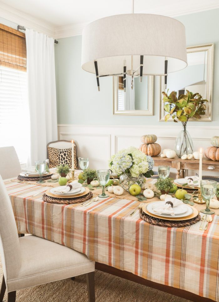 Fall Dining Table via Honeywerehome