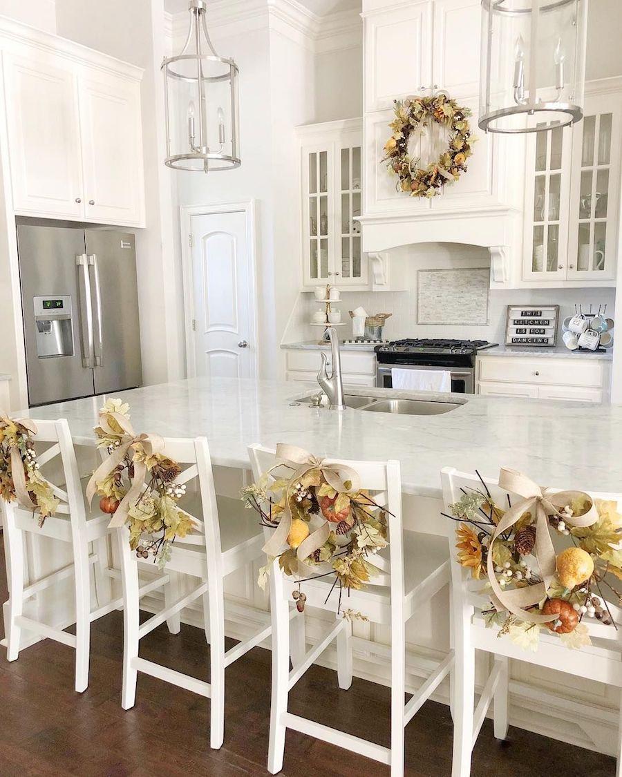 Fall Kitchen Barstool Decor by @heatherbuglane