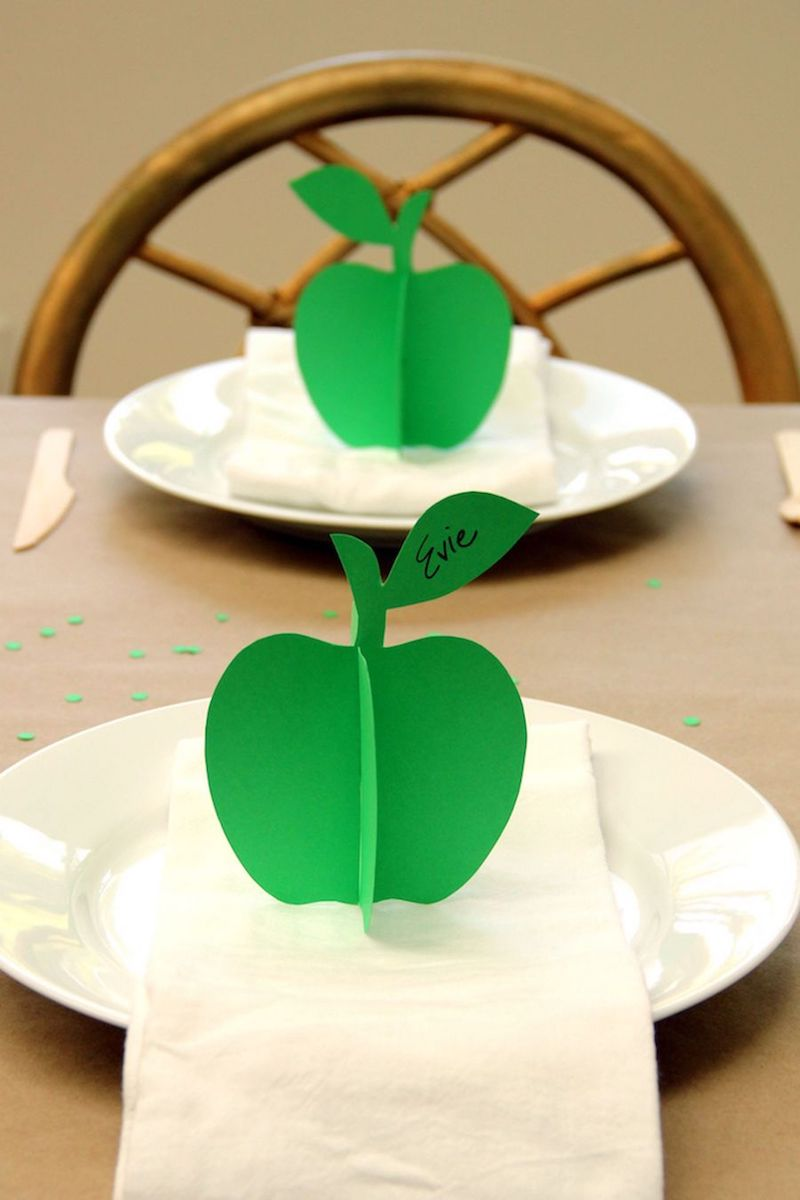 Green Apple Thanksgiving Place Card Idea from Studio DIY