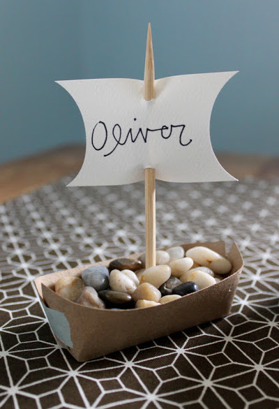 Mayflower Boat Thanksgiving Place Card DIY Via Dandee
