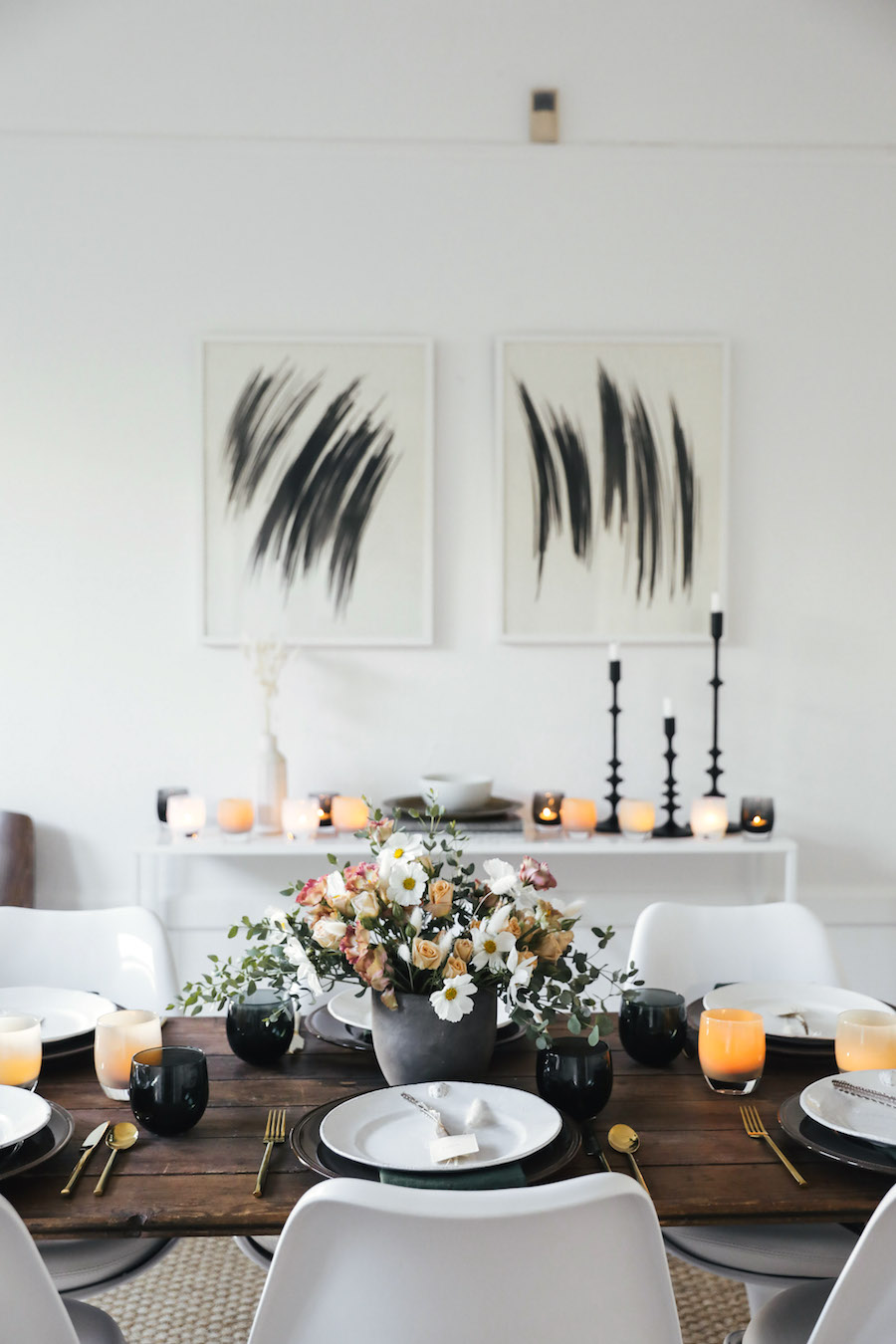 Modern Thanksgiving Tablescape via Sacramentostreet