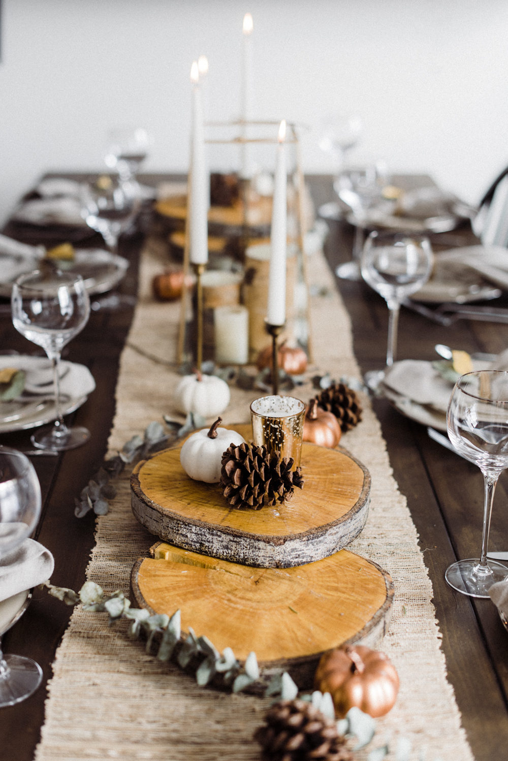 Rustic Thanksgiving Tabletop Decor via Joyfullygrowingblog