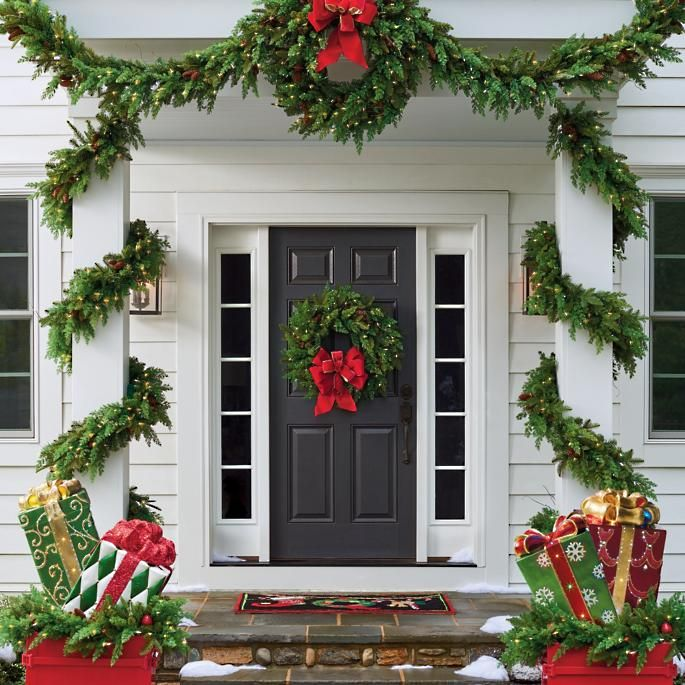 Exceptionnel Black Front Door Christmas Decor