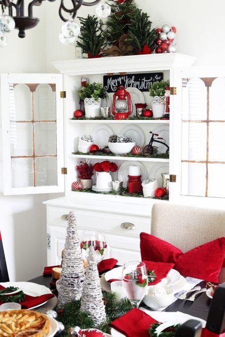 Christmas Dining Room Hutch Decor via justagirlandherblog #ChristmasDecor #ChristmasDiningRoom