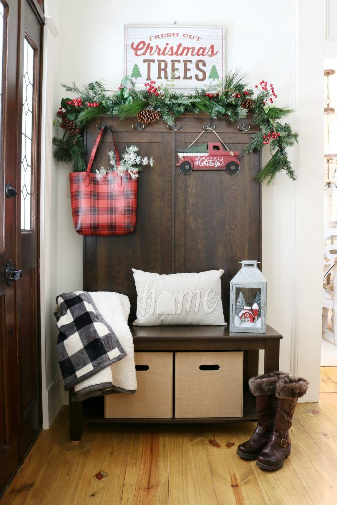 Christmas Entryway Station via refreshrestyle #ChristmasDecor #ChristmasHome