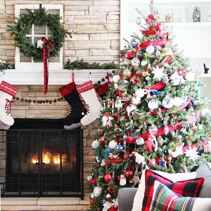 Christmas Mantel with Christmas Tree via aprettylifeinthesuburbs
