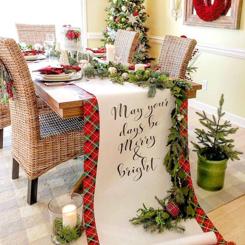 Christmas Table Scape Ideas.21 Festive Christmas Tablescape Decor Ideas