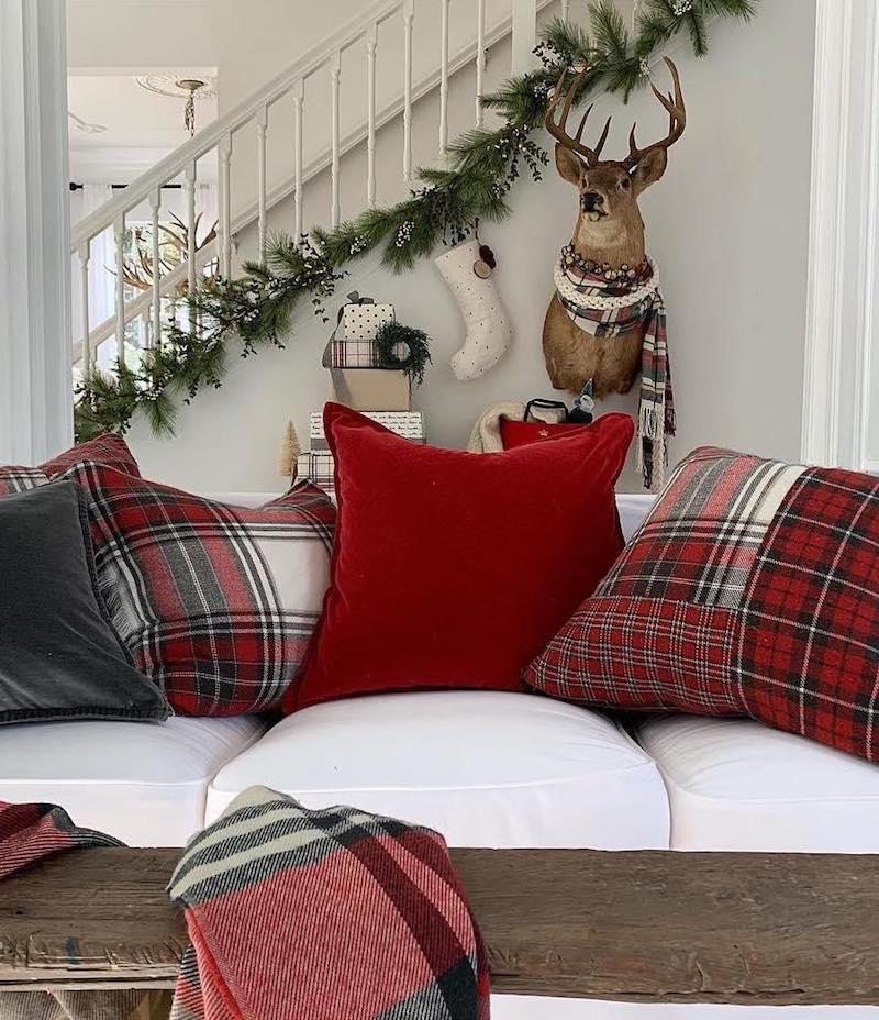 Christmas Throw Pillows via @withlovedani