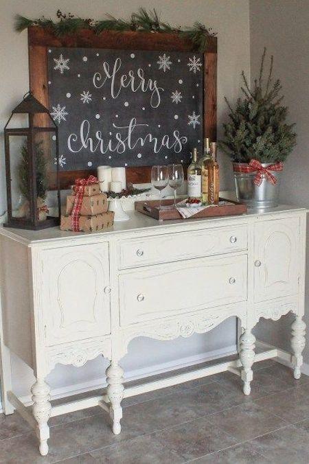 Christmas Wine Nook via angelamariemade #HotCocoaBar