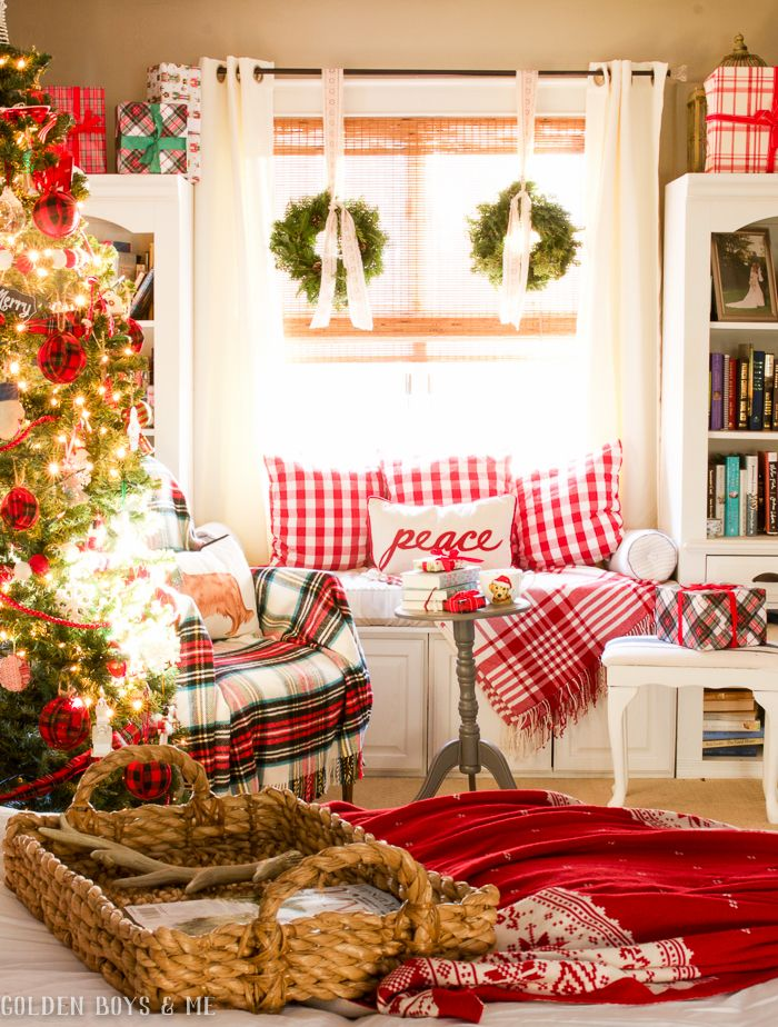 10 Extra Cozy Christmas Nooks Where You Ll Want To Spend