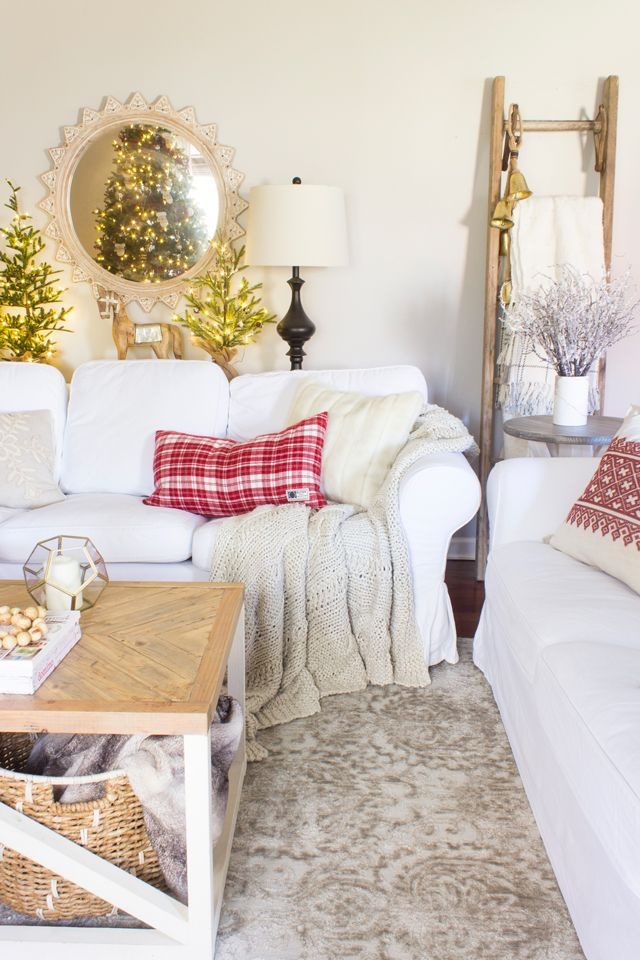 Creamy White Christmas Living Room via shadesofblueinteriors