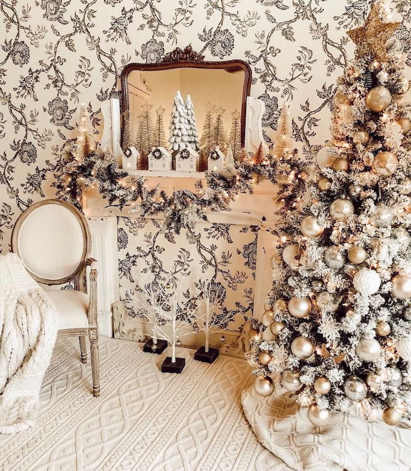 French Vintage Christmas Mantel via @blessedonbluefinch