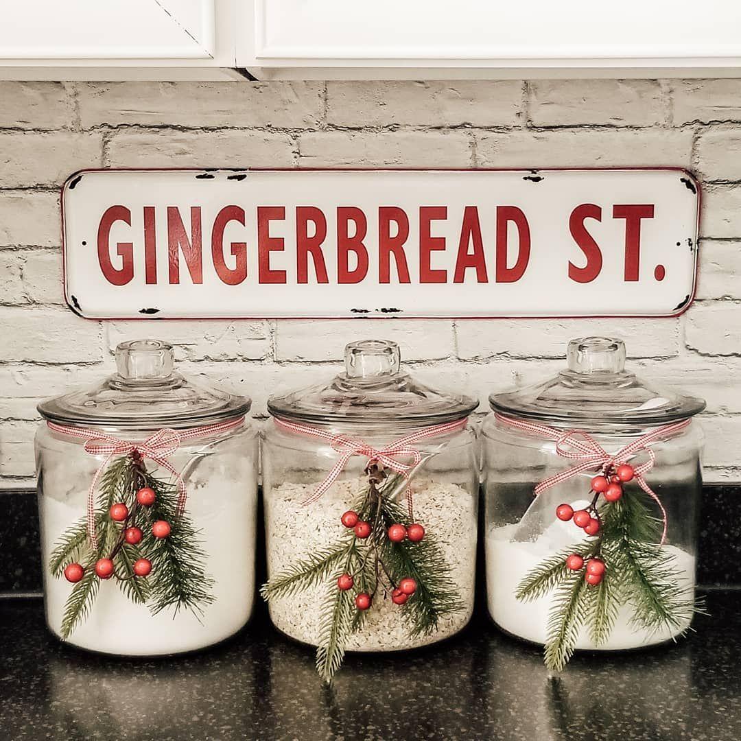 24 Must-See Christmas Kitchen Decor Ideas
