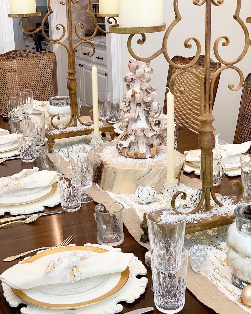 Gold Christmas Tablescape @sunnyhillhome