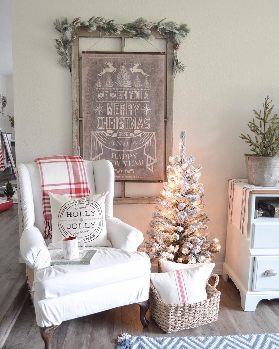 Holly Jolly Pillow and Red Plaid Blanket for Christmas via @farmfreshhomestead
