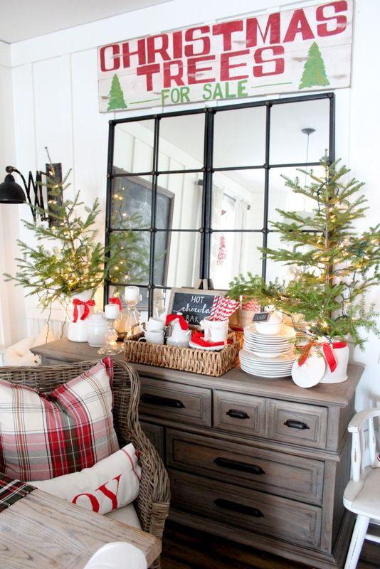 Hot cocoa bar on the dining room buffet via proverbs31girl #ChristmasDecor #ChristmasDiningRoom