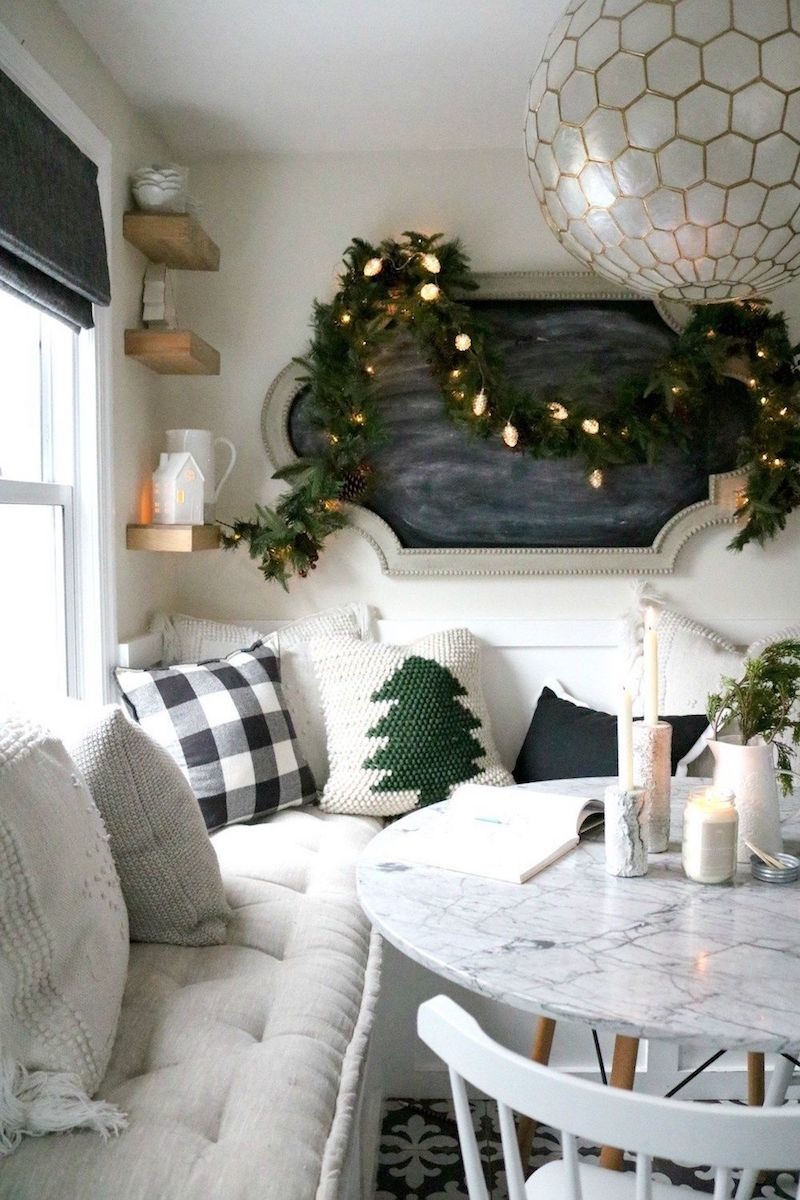 Hygge Christmas Dining Room Decor via nestingwithgrace #ChristmasDecor #ChristmasDiningRoom