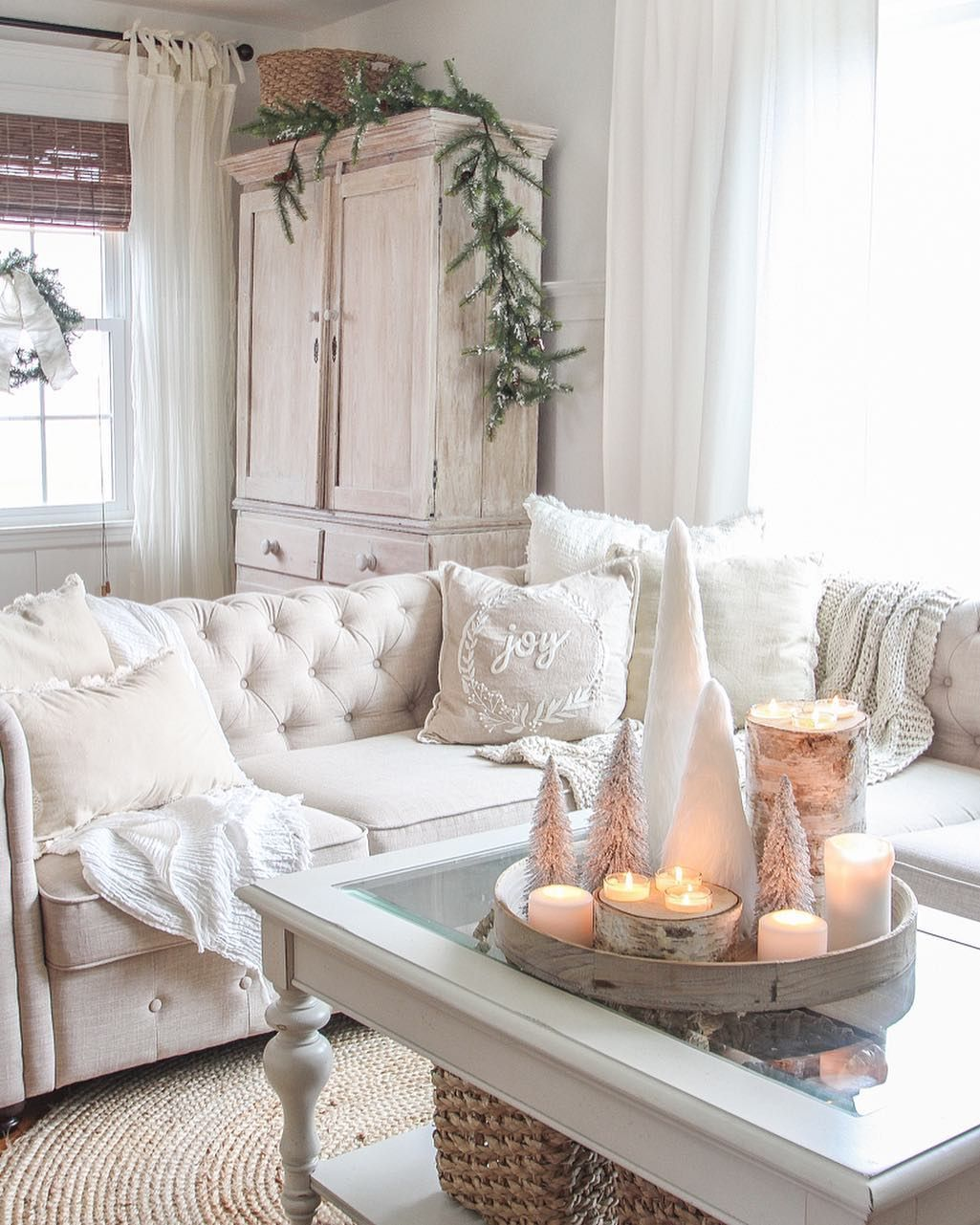 Neutral Farmhouse Christmas Living Room via @lizlovegrowswild