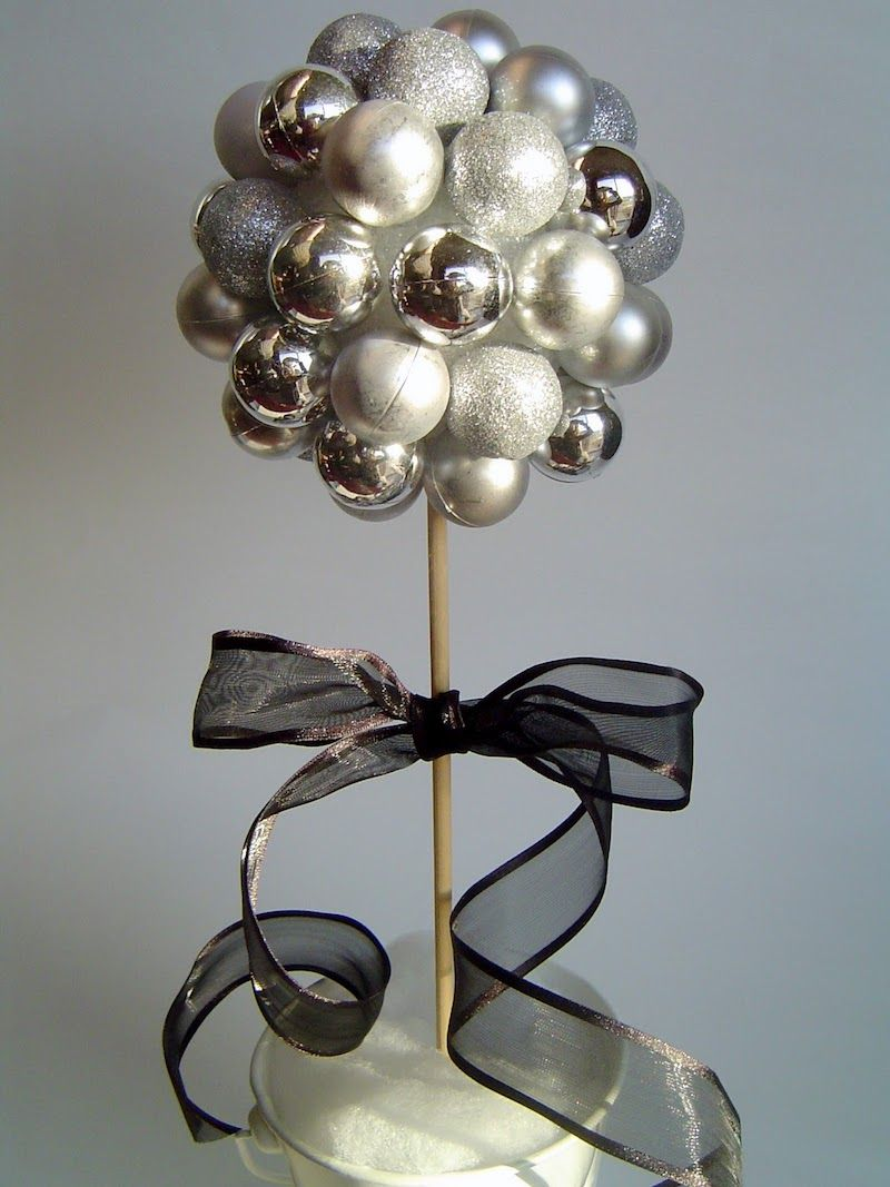 New Year's Eve Silver Topiary via simplydesigning