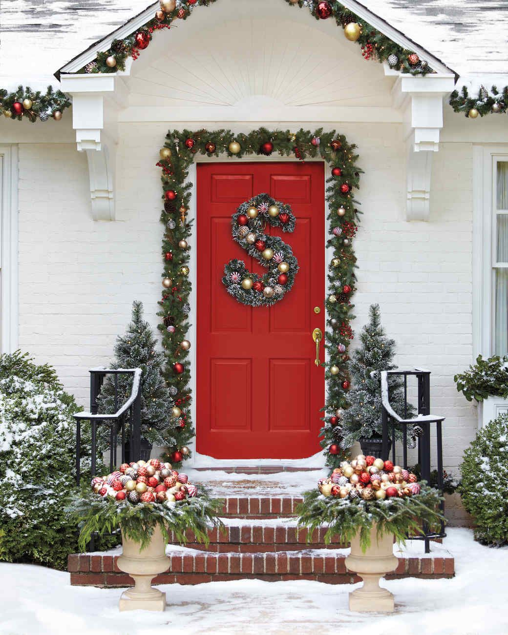 Charmant Red Front Door Christmas Decor