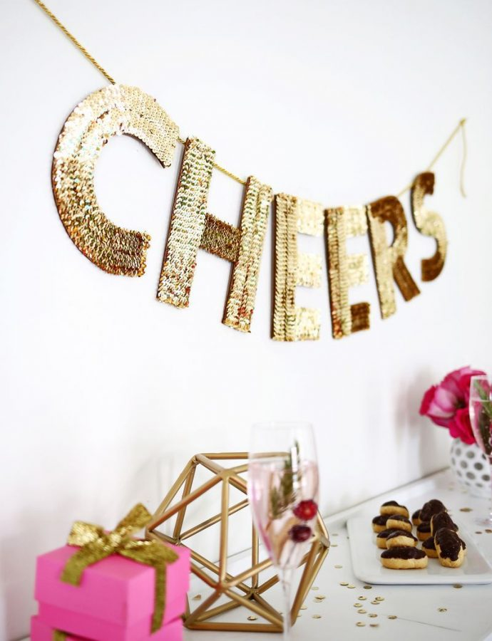 17 Easy DIY New Year's Eve Decorations