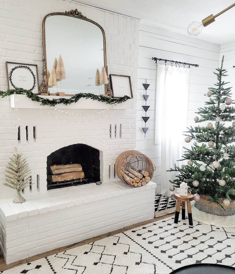 White Christmas Mantel with Gold Mirror @the_simple_farmhouse