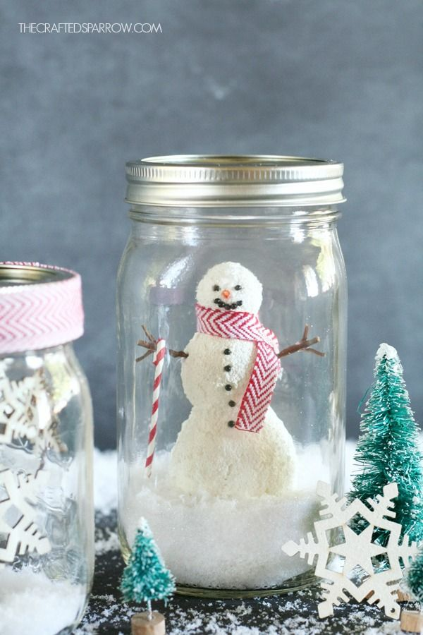 DIY Mason Jar Snow globes via thecraftedsparrow