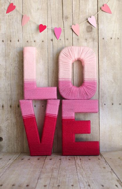LOVE Yarn Letters DIY Decor Project via sisterssuitcaseblog