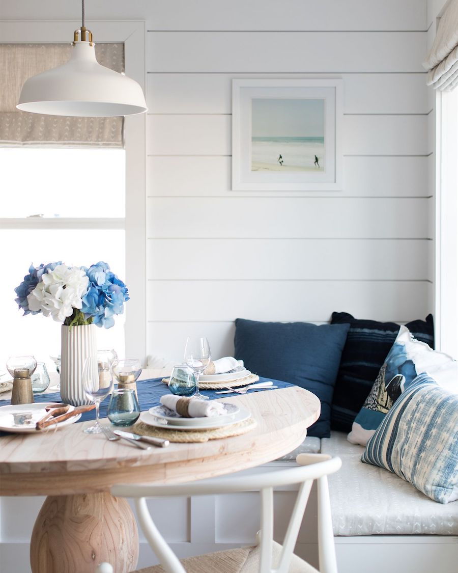 Nautical tablescape in Breakfast Nook Beach home