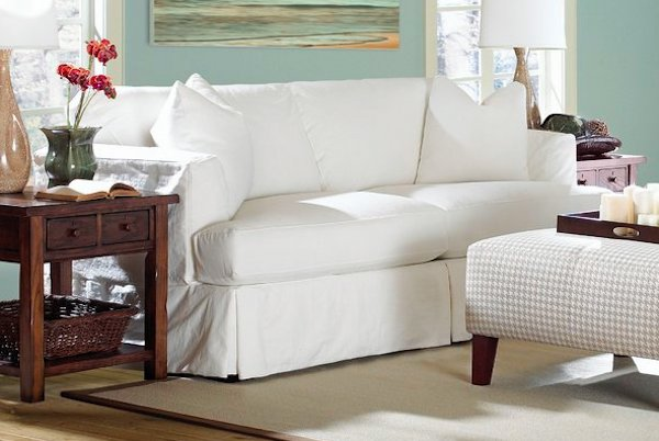 Slipcovered Sofas: Are they Worth it? Our 5 Best Recommendations