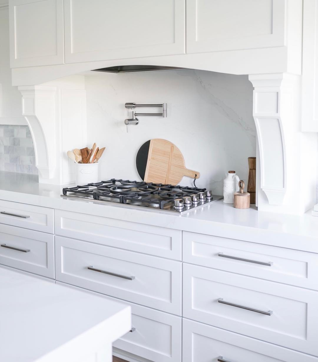 White cabinet kitchen in neutral home tour