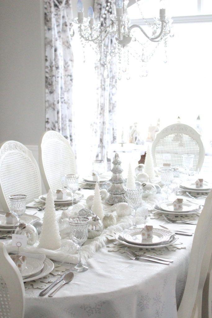 Winter white tablescape decor via summeradams